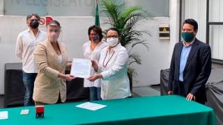 Gobierno de la CDMX entrega iniciativa de adición a Ley para atender más eficaz y eficientemente emergencia sanitaria